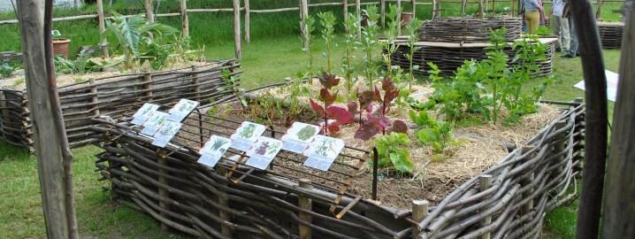 Jardin potager en simple luabbaye du relec le jardin for Au jardin potager