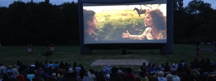 LE BAL, cinéma en plein air le 20 août au Manoir de Kernault