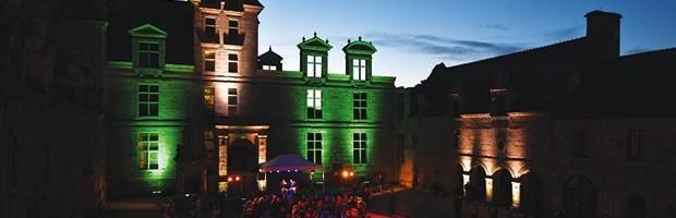 GRAND FEST-NOZ au Château de Kerjean le 25 juillet